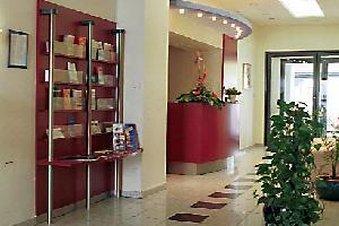 Conti Hotel - Lobby Area
