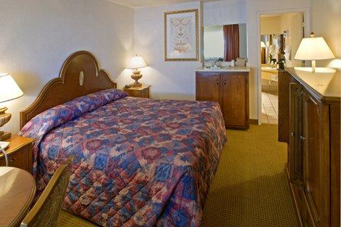 Americas Best Value Inn Albuquerque Hotel - King Jacuzzi