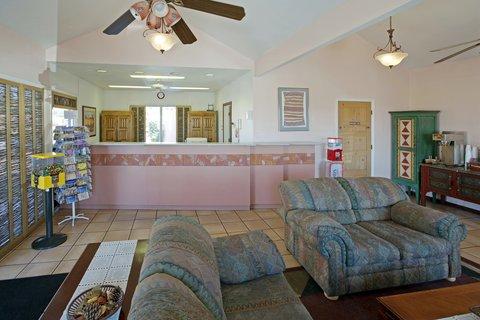 Americas Best Value Inn Albuquerque Hotel - Lobby