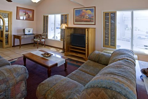 Americas Best Value Inn Albuquerque Hotel - Meeting Space