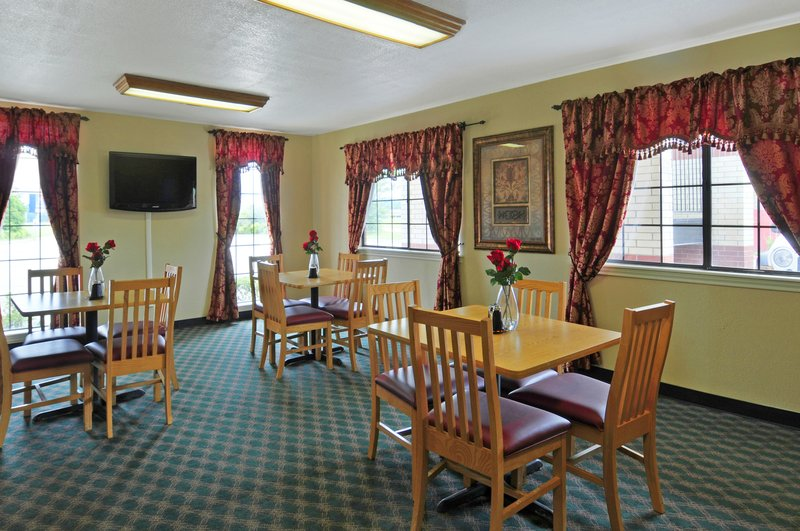 Americas Best Value Inn - New Boston, TX
