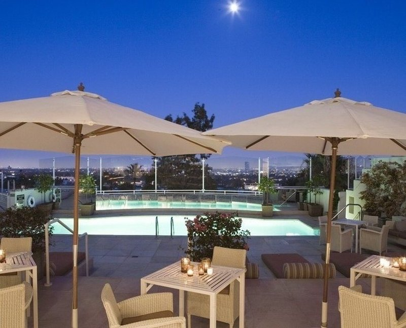 1065101cdms_img_pho_000_nc__694833_the_terrace_evening___p