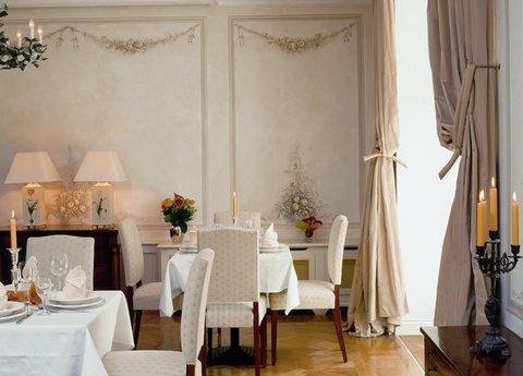 Louisa's Place - Garden Room