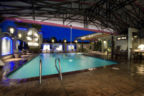 Best Western Humboldt Bay Hotel - Indoor-Outdoor Pool
