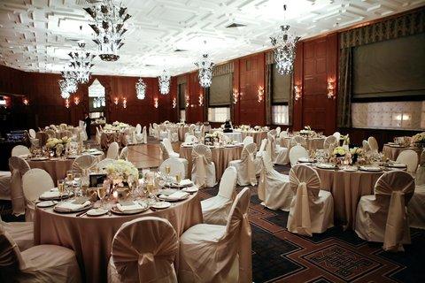 Allegro Chicago A Kimpton Htl - Historic Walnut Ballroom 2