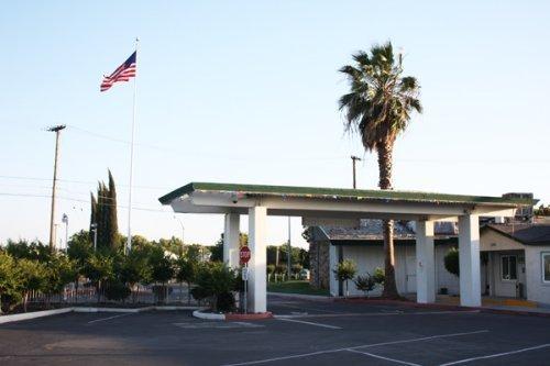 Sunrise Inn - Turlock, CA