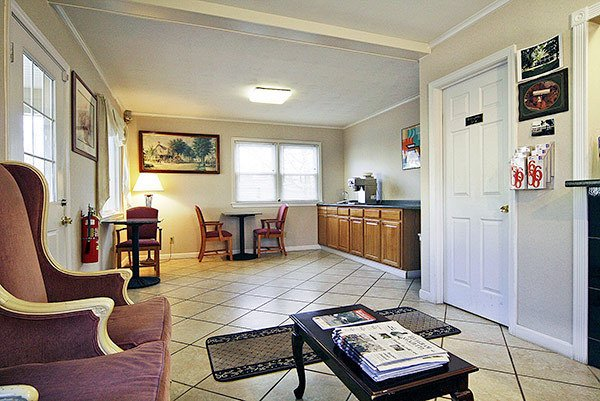 Motel 6 - Sturbridge, MA