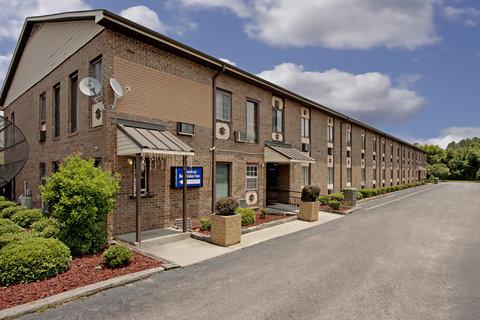 Americas Best Value Inn Darlington - Front Exterior