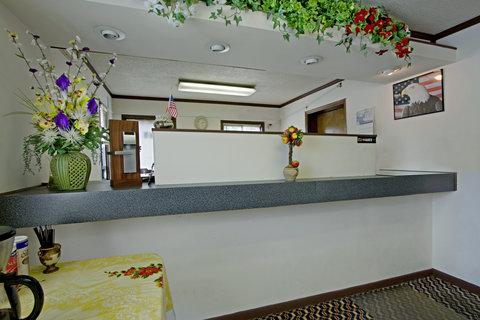 Americas Best Value Inn Darlington - Lobby