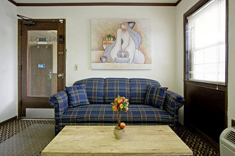 Americas Best Value Inn Darlington - Meeting Space