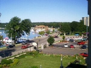 Bella Vista Suites - Lake Geneva, WI