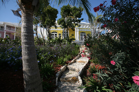 February Point Resort - Colley House