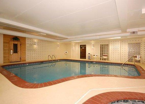 Comfort Suites Cookeville - Cookeville, TN