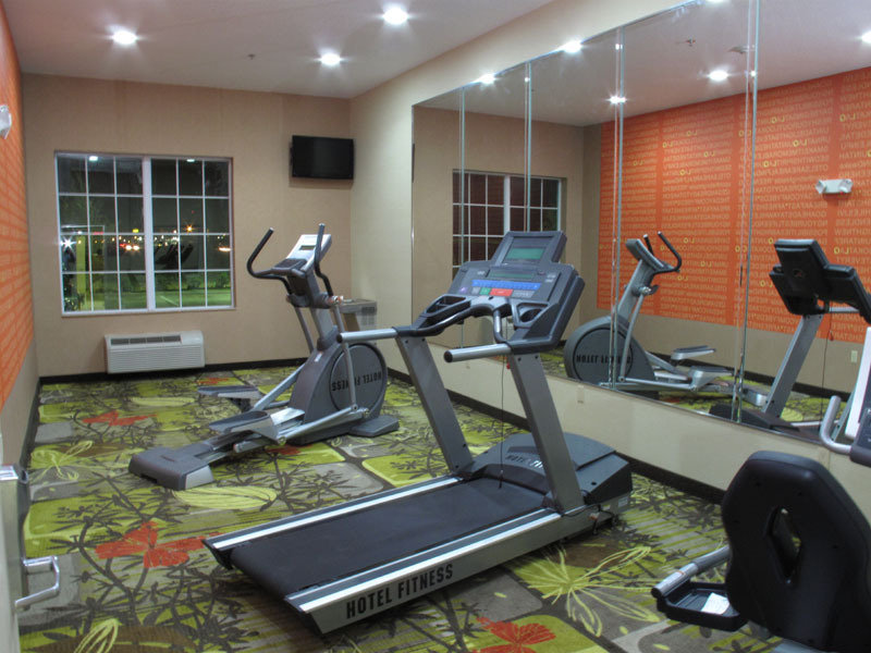 La Quinta Inn & Suites Forest Hill - Fort Worth, TX