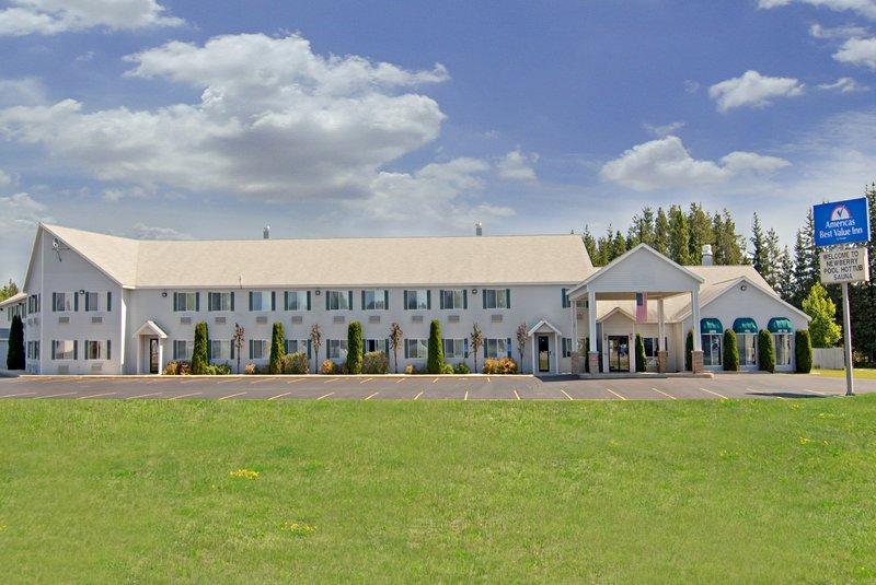Americas Best Value Inn-Tahquamenon Country - Newberry, MI