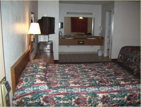 Executive Inn Hebbronville - Room