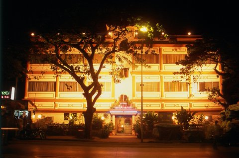 Hotel Midland - Exterior