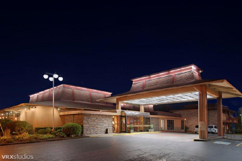 Red Lion Hotel Eugene - Eugene, OR