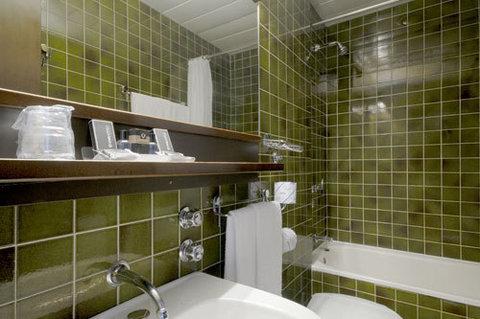 Viva Hotel Alexander - Bathroom