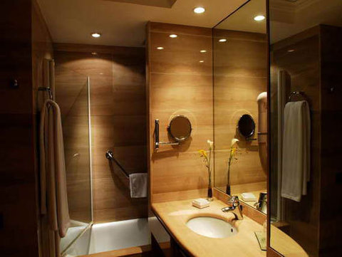 Hispanos 7 Suiza Apartamentos - The Hotel