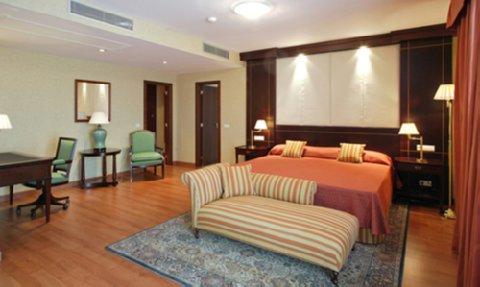 Monte Malaga Hotel - Guest Room