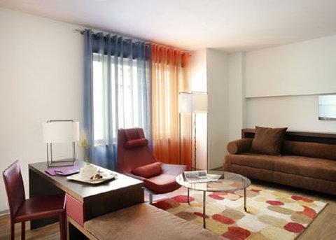 Ayre Gran Via - Suite