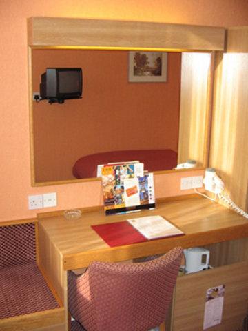 Norfolk Hotel - Guest Room