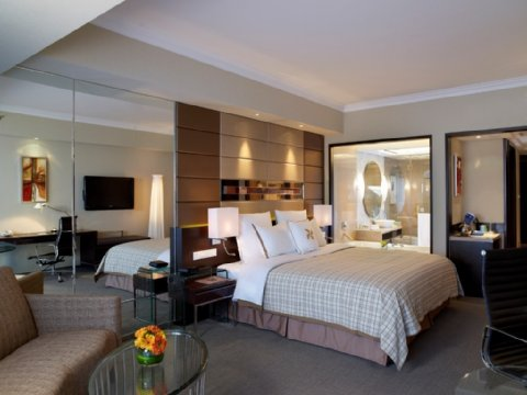 Four Points by Sheraton Beijing, Haidian Hotel & Serviced Apartments - Room