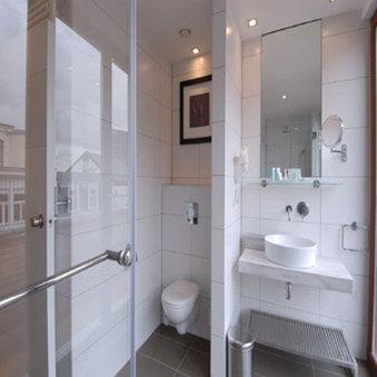 B Aparthotel Grand Place - Bathroom