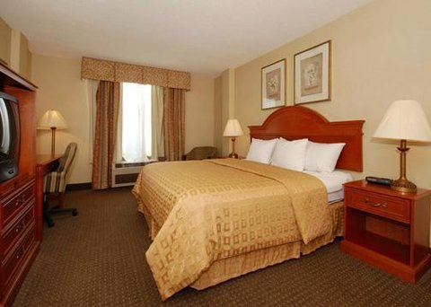 Clarion Inn And Suites Columbus - Guest Room  OpenTravel Alliance - Guest room