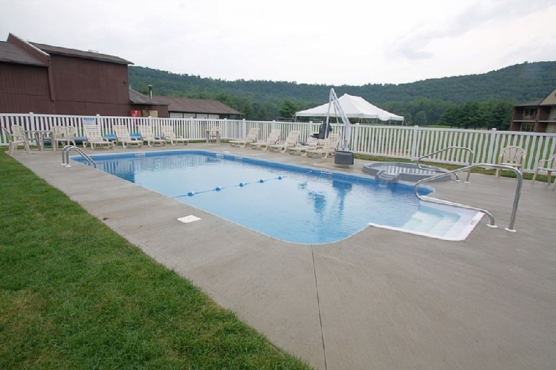 Shadowbrook Inn and Resort - Tunkhannock, PA