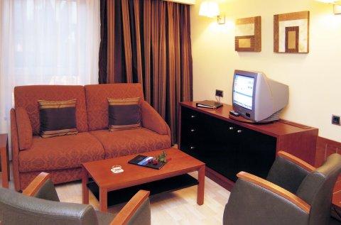 Carlton Plaza - Superior Suite