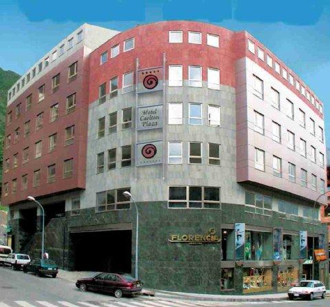 Carlton Plaza - Exterior View