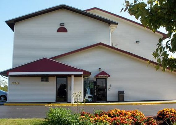 Econo Lodge - Saginaw, MI