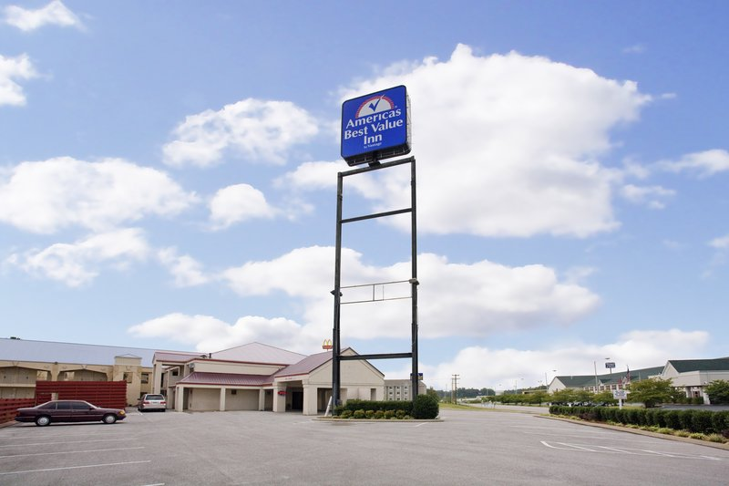 Americas Best Value Inn - Manchester, TN