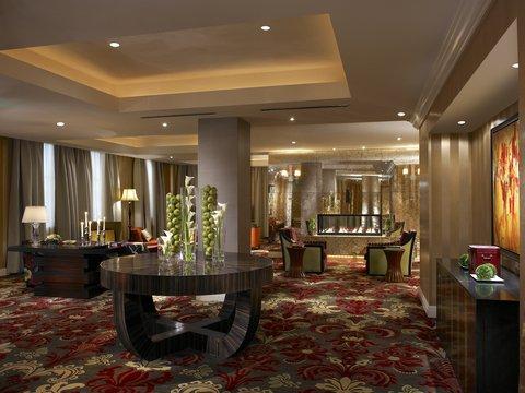 Monaco Baltimore A Kimpton Hotel - Living Room