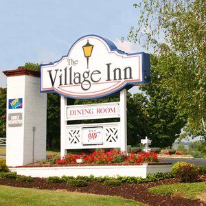 village inn harrisonburg va see discounts. Black Bedroom Furniture Sets. Home Design Ideas