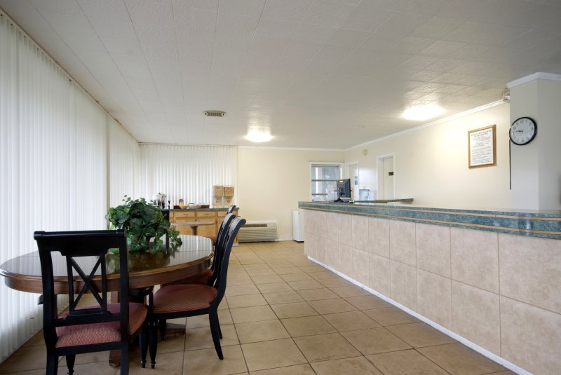 Americas Best Value Inn - Perry, FL