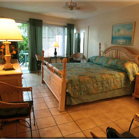 Daytona Inn Beach Resort - One Bed