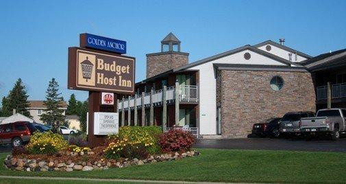 Budget Host - Saint Ignace, MI