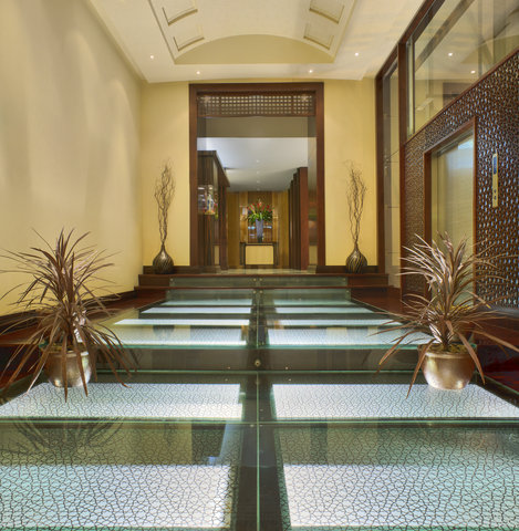 Rosewood Jeddah - Entrance to Restaurants