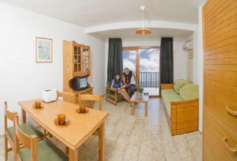 Apartamentos Bahia De San Antonio - Guest Room