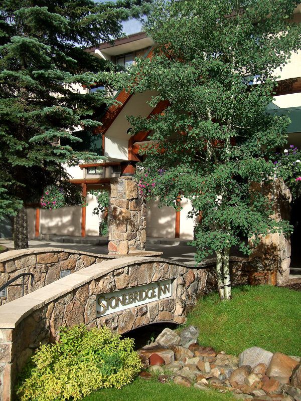 Stonebridge Inn Snowmass Village Hotels - Snowmass Village, CO