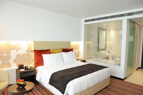 فندق كراون بلازا أبوظبي, جزيرة ياس  - Club Room