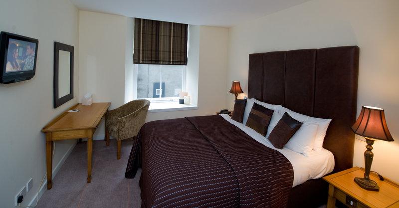 Aberdeen Douglas Hotel Sviitti
