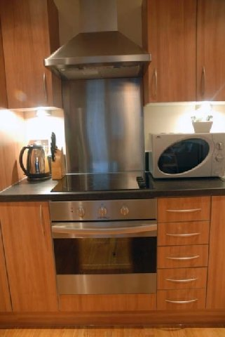 Arc Apartments By Stay Birmingham - Kitchen