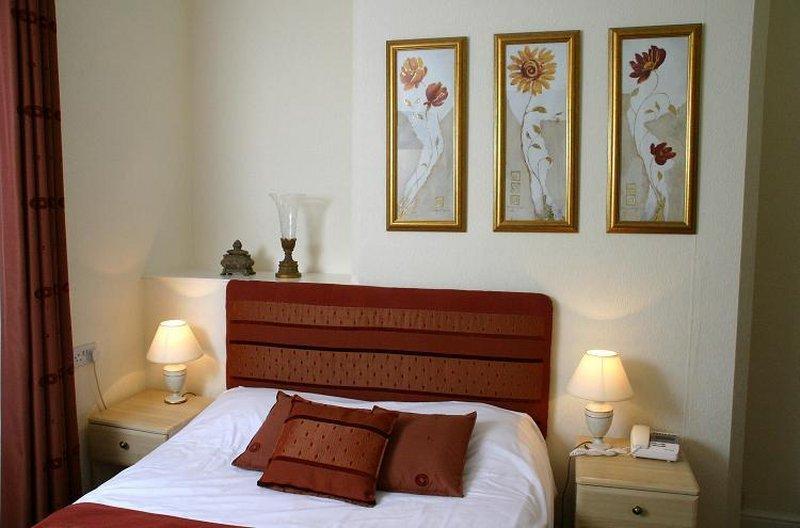 Abbeydale Hotel Odanın görünümü
