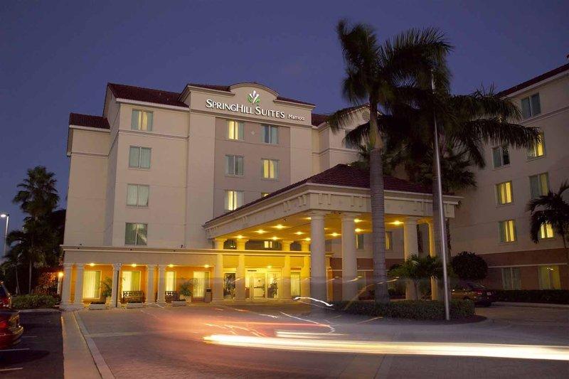 SpringHill Suites Boca Raton Außenansicht