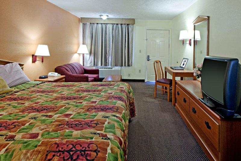 Americas Best Value Inn - Canton, MS