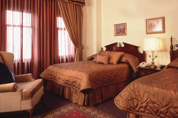 The Belden-Stratford - Room